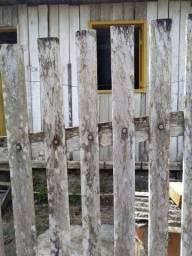 Vende-se casa de madeira em castanhal 18.000