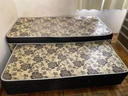 Vende-se cama box solteiro