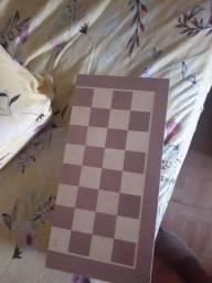 Tabuleiro de xadrez e dama