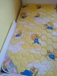 Vendo mini cama infantil valor 80 reais