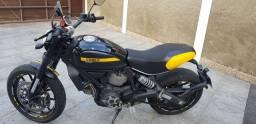 ducati scrambler full throttler