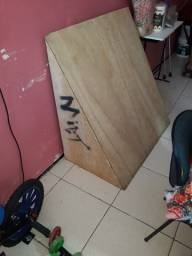 Rampa de madeira grande