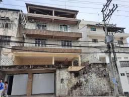 Casa com 3 dormitórios para alugar, 90 m² por R$ 3.000/mês - AV Cardeal da Silva - Federaç