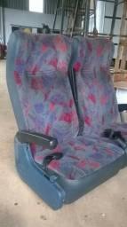 Bancada 32 lugares reclinável ônibus marcopolo gv 1000