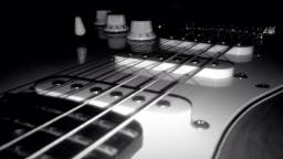 Guitarra menphis semi nova! Vem nas propostas