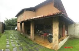 Casa duplex com 4 quartos, gabinete, 5 vagas, 1.200m² terreno, próx Edilson Brasil Soares