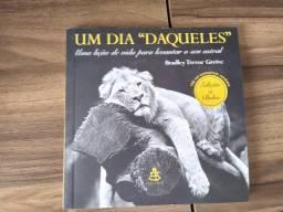 Livro Um Dia Daqueles (Seminovo)