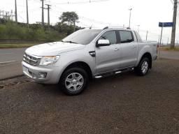 Ford Ranger ( Limited ) 3.2 Diesel 4x4 Automática . Marcha 200 CV Top de Linha - 2013