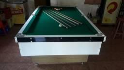 Mesa Comercial Carlin Bilhares | Mesa Branca | Tecido Verde | Modelo: EUIV3508