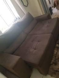 Sofá retrátil e reclinável e mesinha de centro