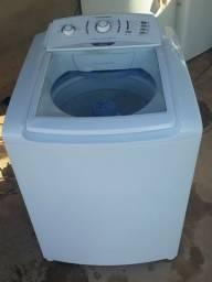 Vendo máquina de lava roupa faz tudo