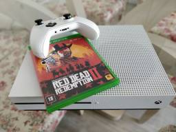 Xbox One S 1TB com Caixa + Red Dead Redemption II + controle