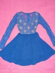 Vendo vestido azul com renda