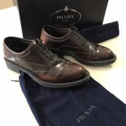 Sapato Prada Derby em couro