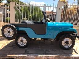 Jeep Willys Overland 1968 4x4 impecável