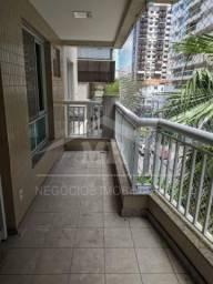 Apartamento para Locação na Rua Mem de Sá