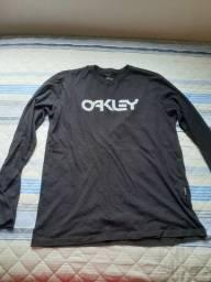 CAMISA OAKLEY TM G R$ 60