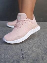 Tênis Adidas run $150,00