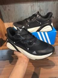 Tênis Adidas phantom $170,00