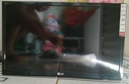 TV LG 24 LCD... Pouco Usada