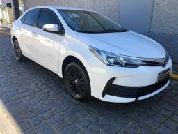 Toyota Corolla GLI 1.8 Automático ano 2018 com 'Apenas 42.000km'