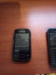 Aparelhos celulares antigos para peças
