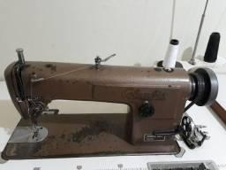 Máquina de costura industrial usada reta