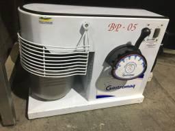Batedeira Gastromaq BP 05 completa