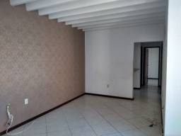 Vendo apartamento no Imbui, 3/4, suíte, $ 320.000,00, financia!