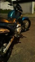 Moto falcon 400