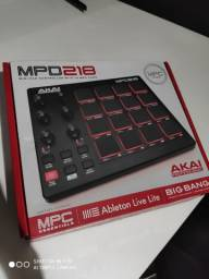 MPD218 AKAI PROFISSIONAL