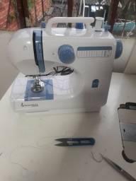 Vendo maquina de costura  em perfeito estado tudo foncionando