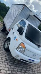 Caminhão Hyundai HR Refrigerado