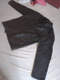 CASACO couro legítimo, usado