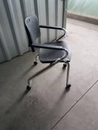 Cadeira modelo Viva - Marca Cavaletti
