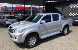 Toyota Hilux 2012 com 842,00 mensais