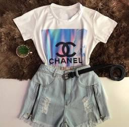 T-shirt + Short jeans