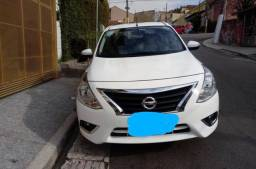 Nissan Versa 18/18