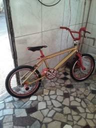 Vendo bicicleta bmx Cross