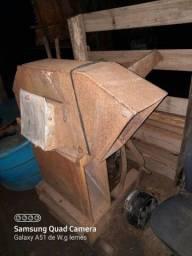 Moedor triturador de grão de acoplar no trator