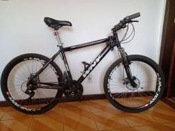 Bicicleta aro 26 - 21v (marchas) + freios a disco + velocímetro bluetooth