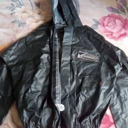 Blusa e calça de chuva pra motoqueiro