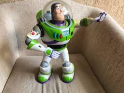 Boneco Buzz Lightyear