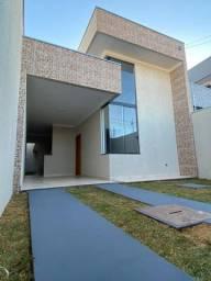 Vende-se linda casa
