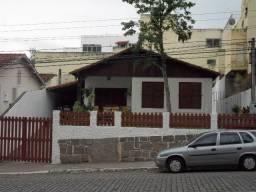 Título do anúncio: Vendo casa 04 quartos,piscina,mais apartamento,piscina,centro de vassouras