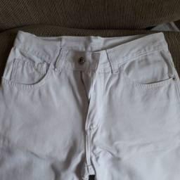 Calça branca tamanho 14