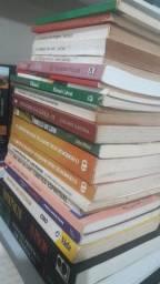 Livros teológicos usados