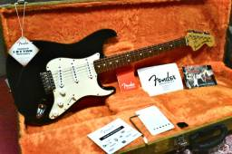 Fender Classic Series ?70s - Captadores Fender Custom Shop ?69