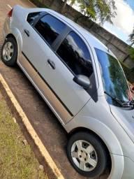 Fiesta sedan 1.0 2008 8V Flex - Vendo ou troco maior valor