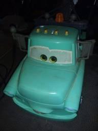 brinquedo do filme carros super inteiro